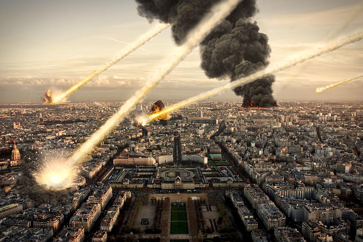 Ein Meteoritenschauer trifft eine Stadt